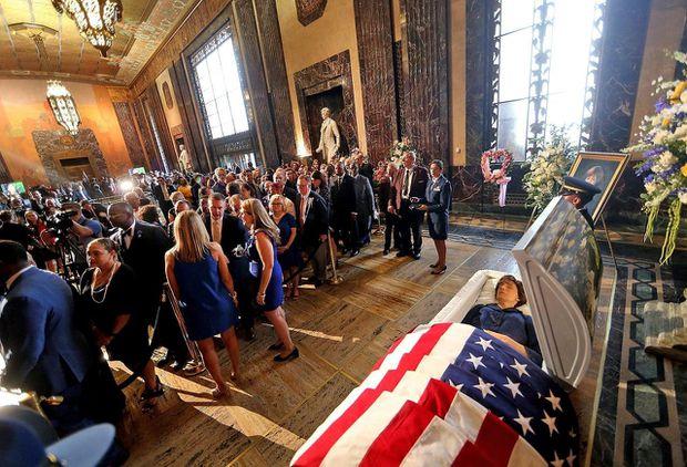 Hundreds of mourners honour former Louisiana Governor Kathleen Blanco