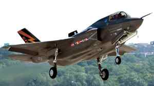 The Canadian government has agreed to purchase 65 F-35 Join Strike Fighter stealth jets.