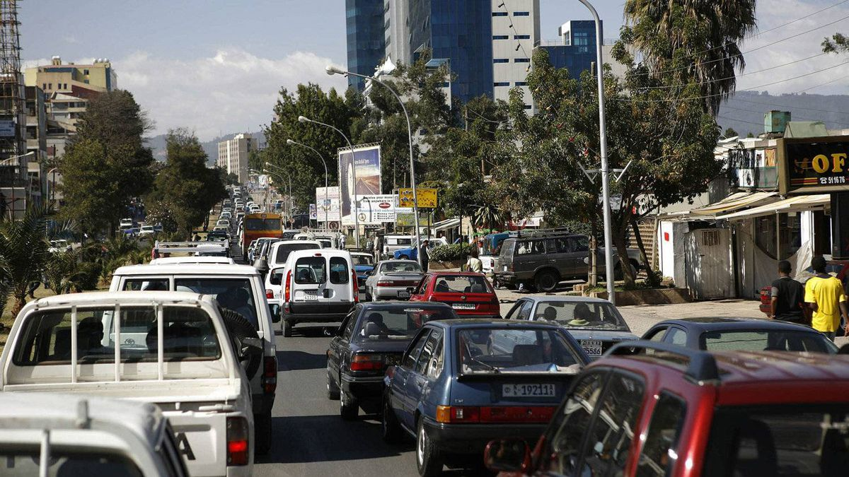 Cars crowd a street in Addis Ababa