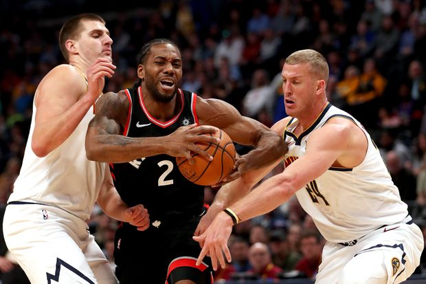 Murray gets hot late as Nuggets hold off Raptors