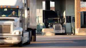 Cummins' economic recovery forecast relies on continued expansion of the North American heavy-truck sector.