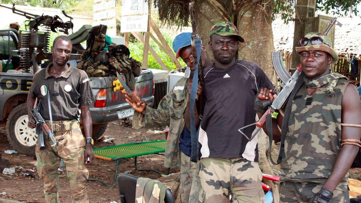 Ouattara forces advance as Ivory Coast war reignites - The Globe ...