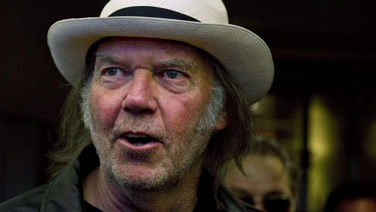 "Neil Young arrives for the movie ""Neil Young Journeys"" at the Toronto International Film Festival in Toronto on Monday, Sept., 12, 2011."