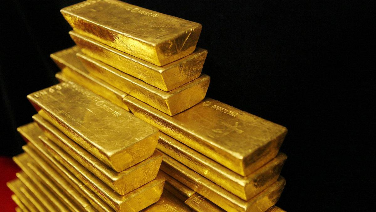 Gold, silver and copper prices plunged Wednesday amid concern that Europe's financial crisis will deepen and hinder expansion worldwide.