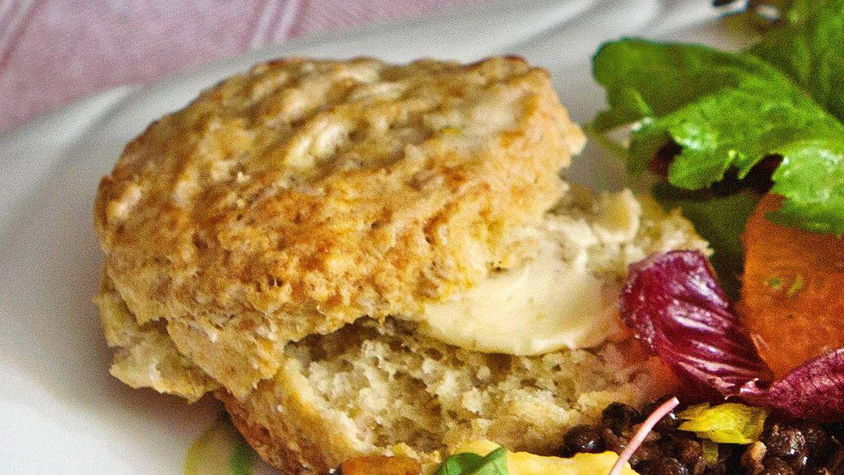A cheesy oatmeal scone.