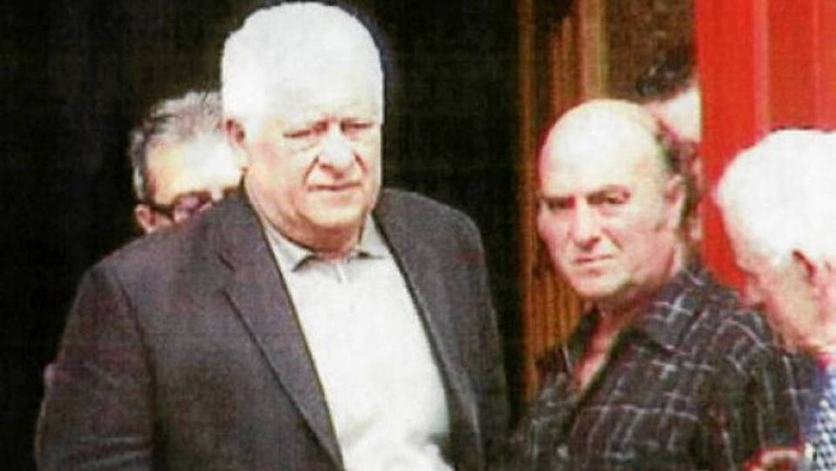 Agostino Cuntrera, (left) photographed in 2006, at the funeral of Domenico Macri.