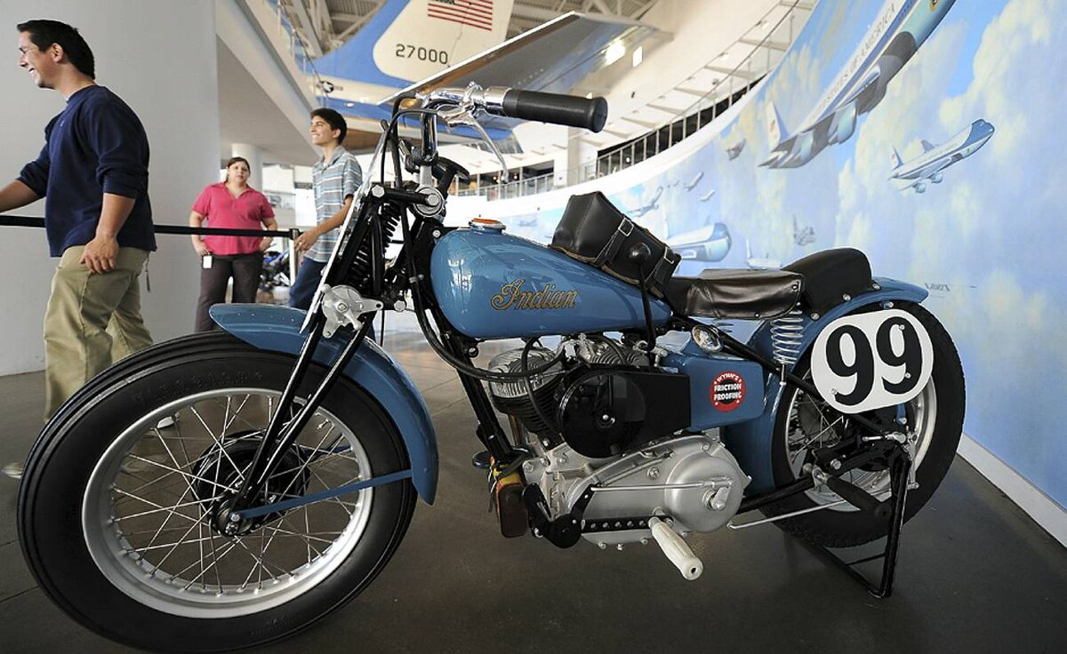 a picture shows the 1948 Indian Scout th