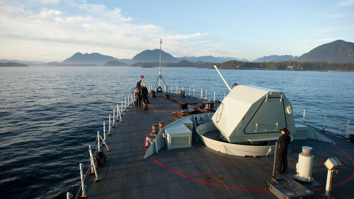 HMCS Winnipeg cruises along the Pacfic coast near Tofino, B.C.