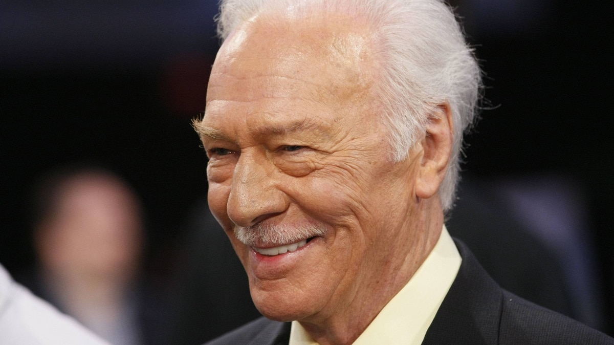 Christopher Plummer, nominated as best supporting male actor for the film Beginners at the Academy Awards, arrives in the show at the 2012 Film Independent Spirit Awards in Santa Monica, Calif., on Saturday night.