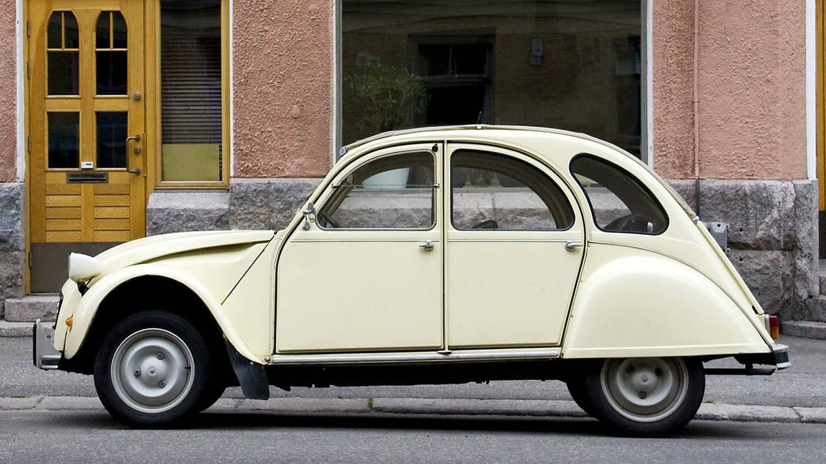 The Citroen 2CV's egg-like shape combined effective space utilization with good aerodynamics, and helped the car achieve its spectacular fuel efficiency (as low as 3 liters per 100 kms, or 78 mpg.)