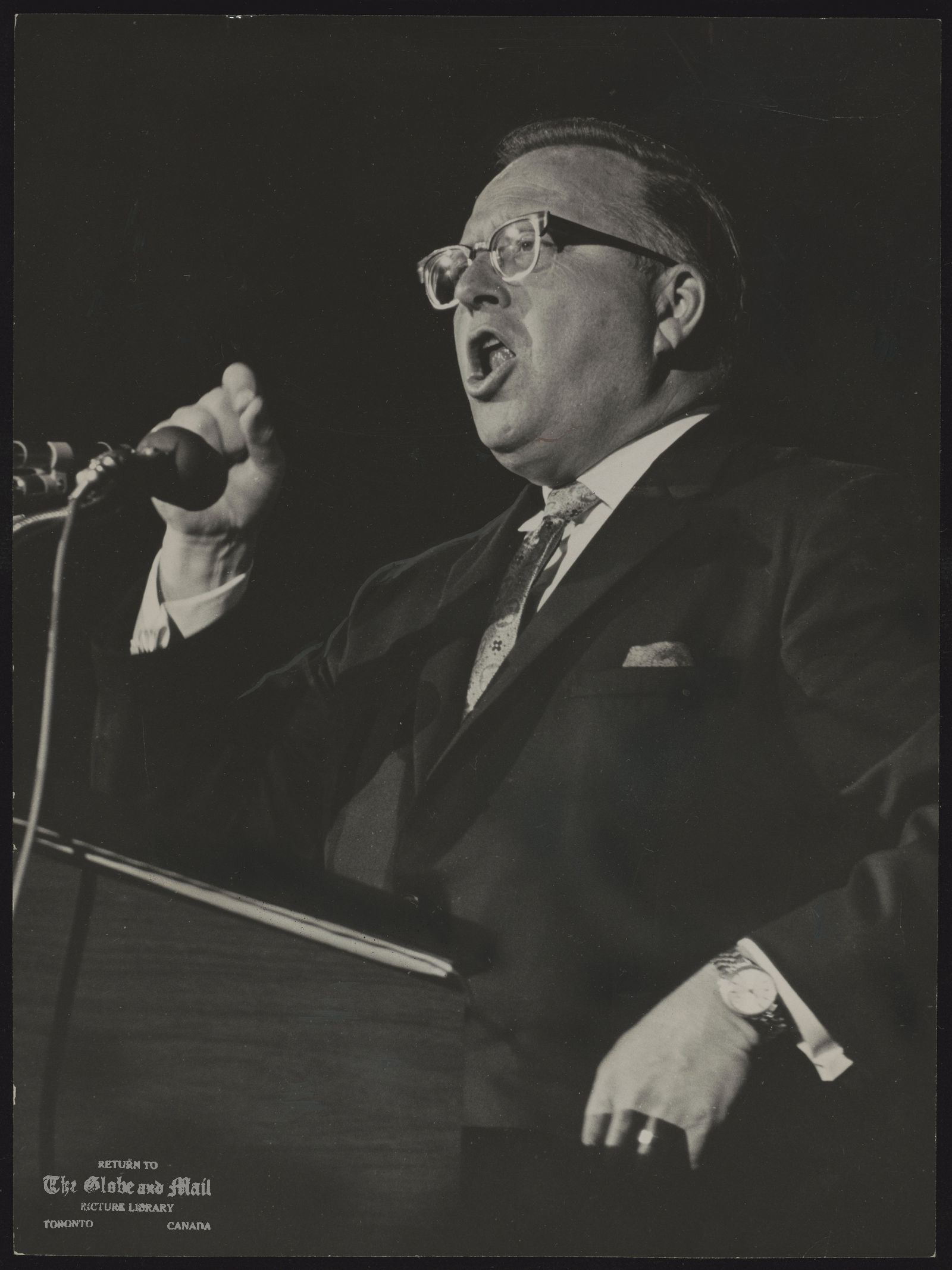 W. Ross THATCHER Saskatchewan. Politician