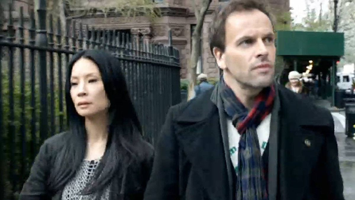 Lucy Liu and Jonny Lee Miller in a scene from Elementary.