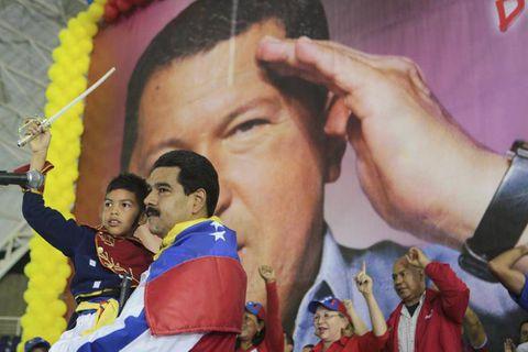In Venezuela, Maduro campaigns on memories of Chavez