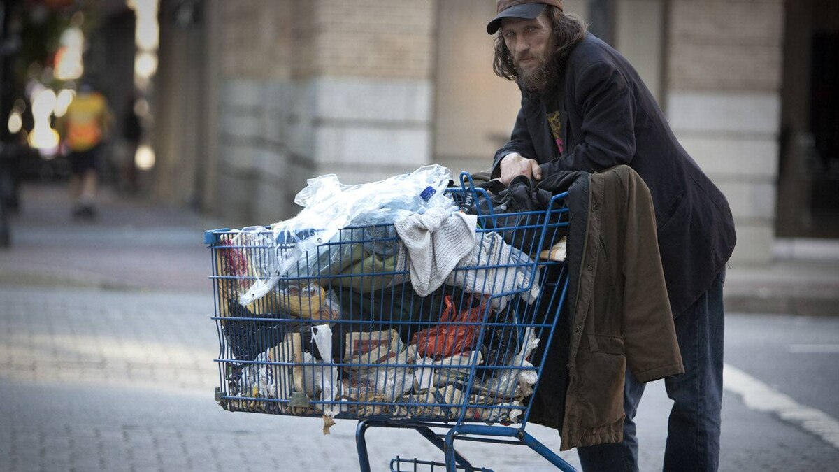 Matthew Albert, a homeless man in Vancouver, in 2009. With assistance, some homeless people who have been living disorganized lives are able to get GST and HST rebates.