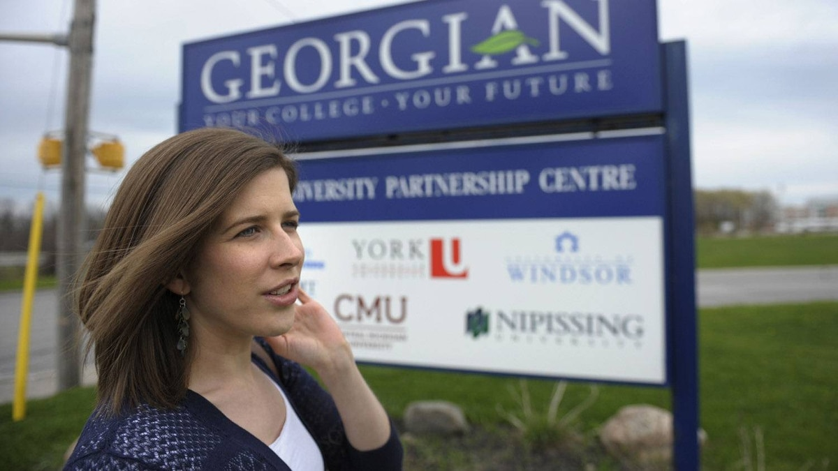 Johanna Howes has graduated from the Laurentian University programme based out of Georgian College in Barrie, Ont.