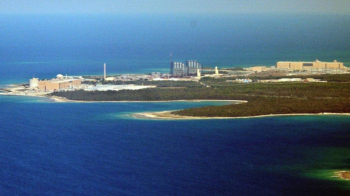 The Bruce Power nuclear generating station in Kincardine, Ont., is seen in an August 2003 file photo.