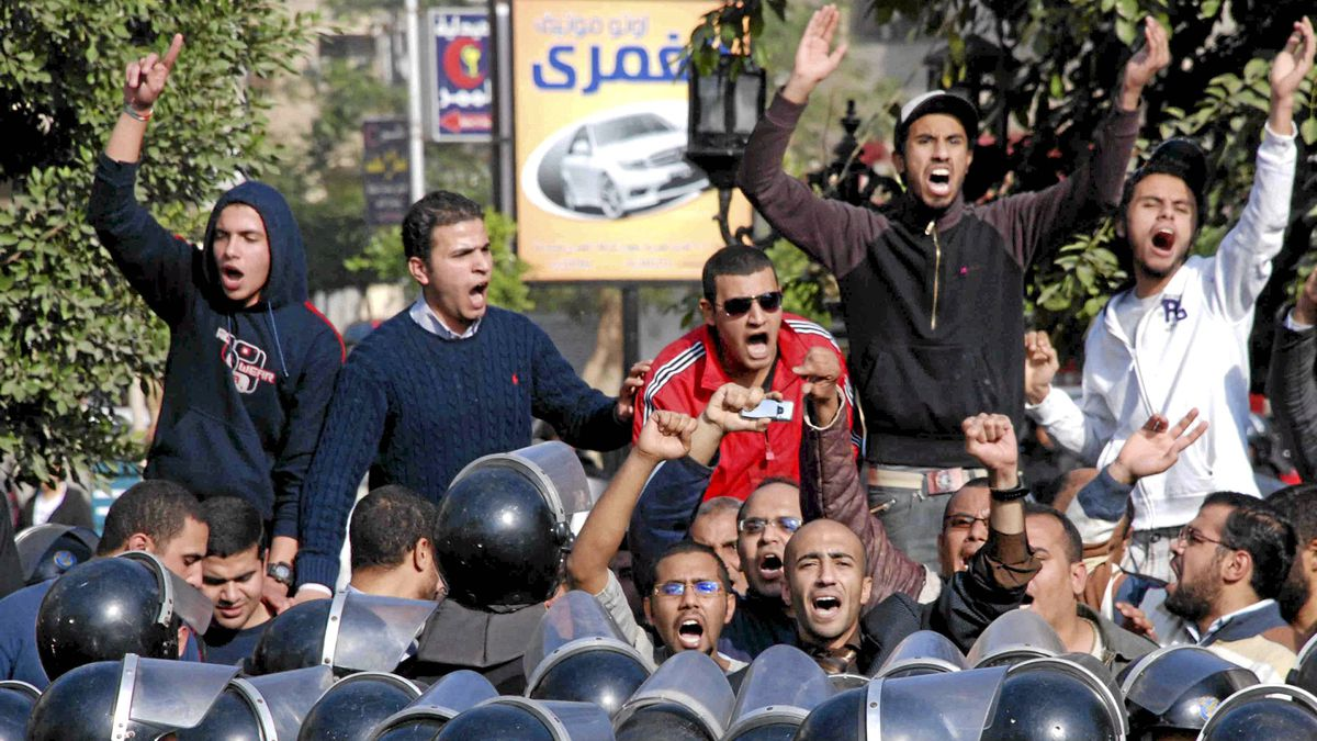Angry Egyptian protestors shout anti-government slogans during a protest in Suez, Egypt on Jan. 27, 2011.
