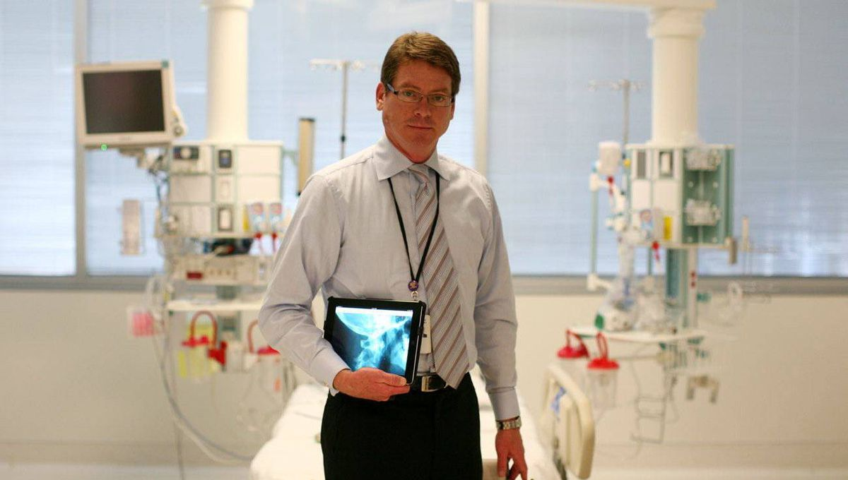 Dale Potter, the chief information officer at The Ottawa Hospital, has bought about 3,000 iPads for staff physicians and other clinical professionals.