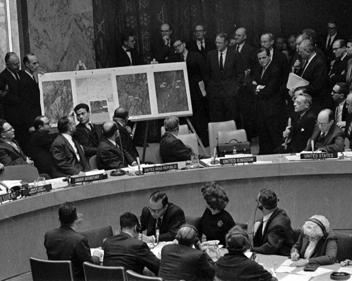 Cuban Missile Crisis: 50 years ago, the world held its