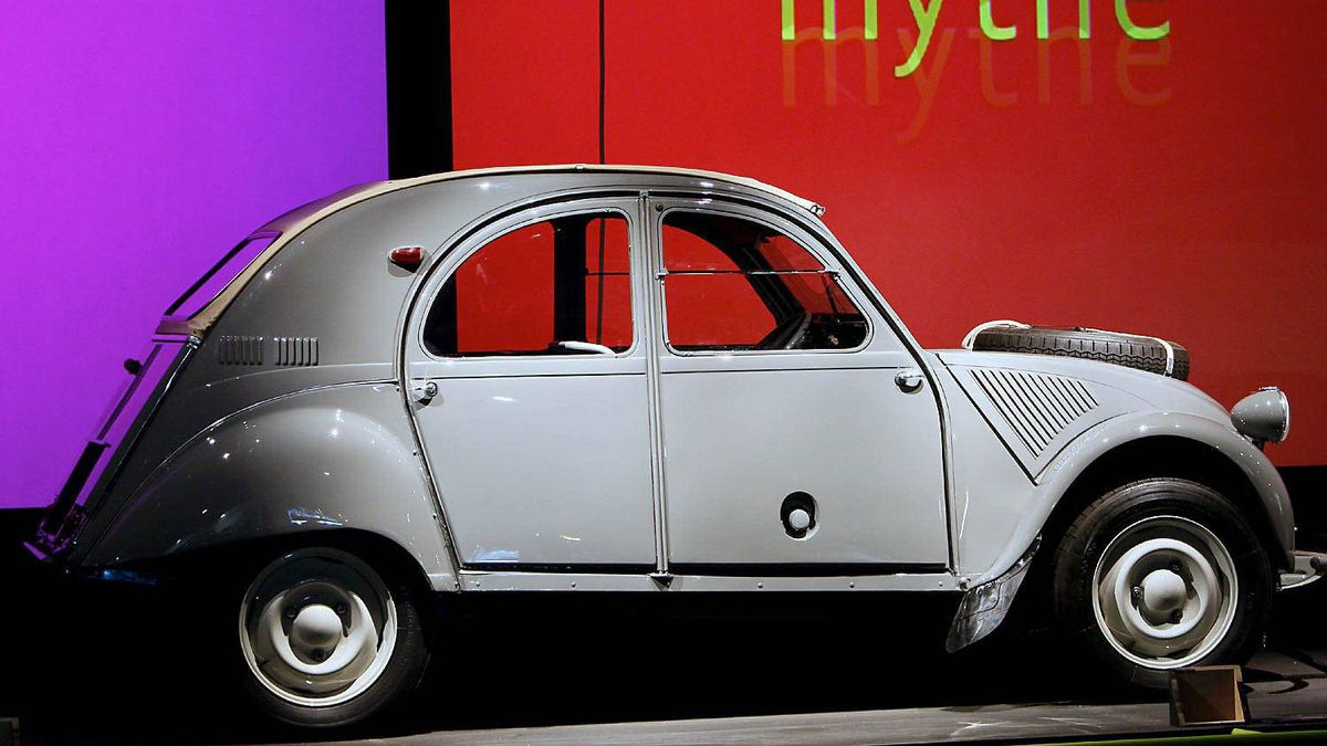 The Citroen 2CV's light weight allowed it to operate with some of the smallest engines ever fitted into a passenger car. The original 1948 model had only 9 horsepower, and the top speed was 64 km/h. Although engine power was gradually increased, it was only in 1981 that the 2CV finally became capable of hitting 115 km/hr - a speed that is considered the bare minimum for operating on North American highways.
