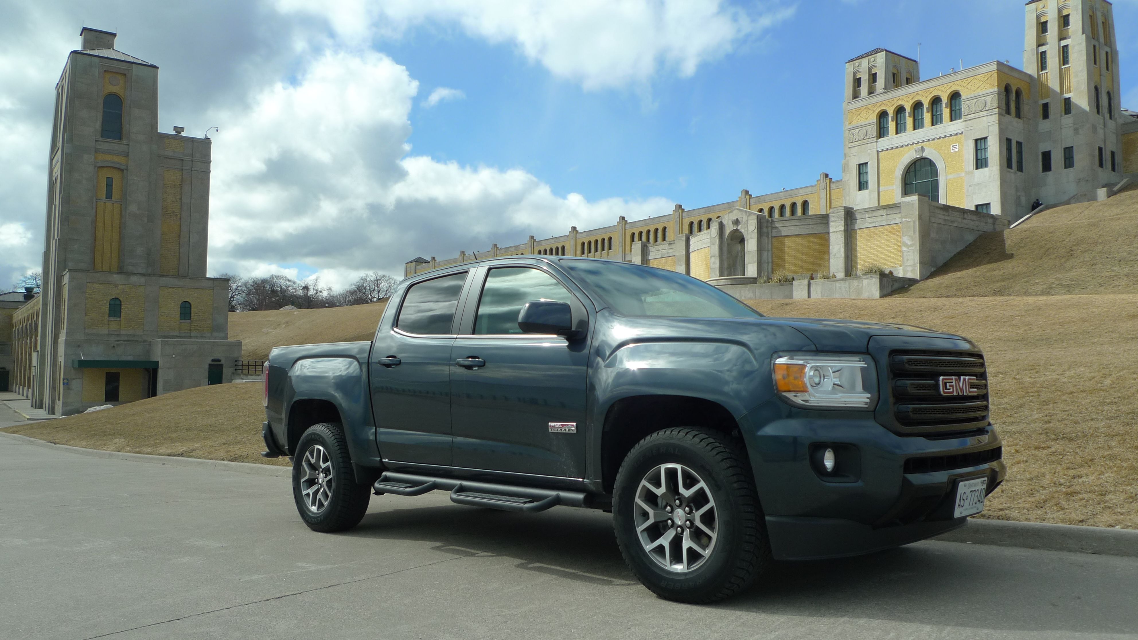Review The 2019 Gmc Canyon Is A Contender In The Crowded Mid Size Pickup Market The Globe And Mail