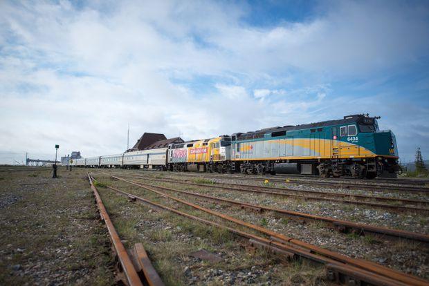 Churchill Presses For Hudson Bay Railway Deal Before Harsh Winter