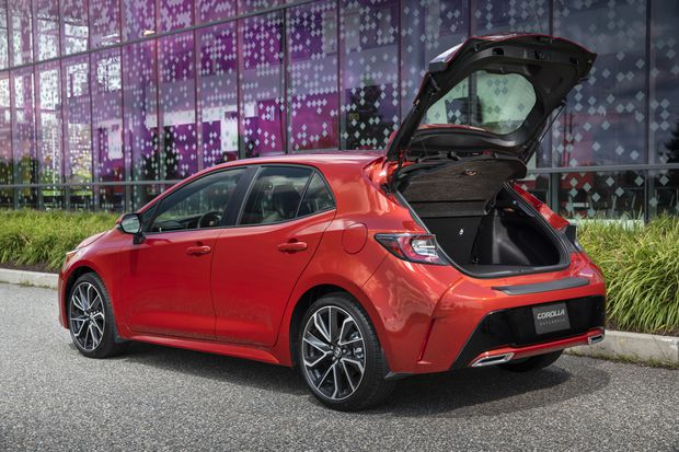 Review Efficient And Fun The New Toyota Corolla Hatchback Is A