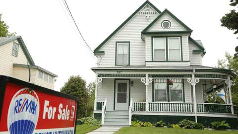 Carrick on money: How to tell where mortgage rates are going