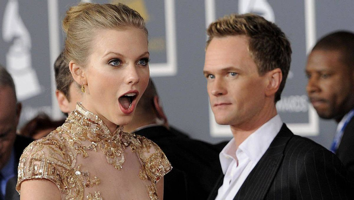 Taylor Swift, left, and Neil Patrick Harris arrive.