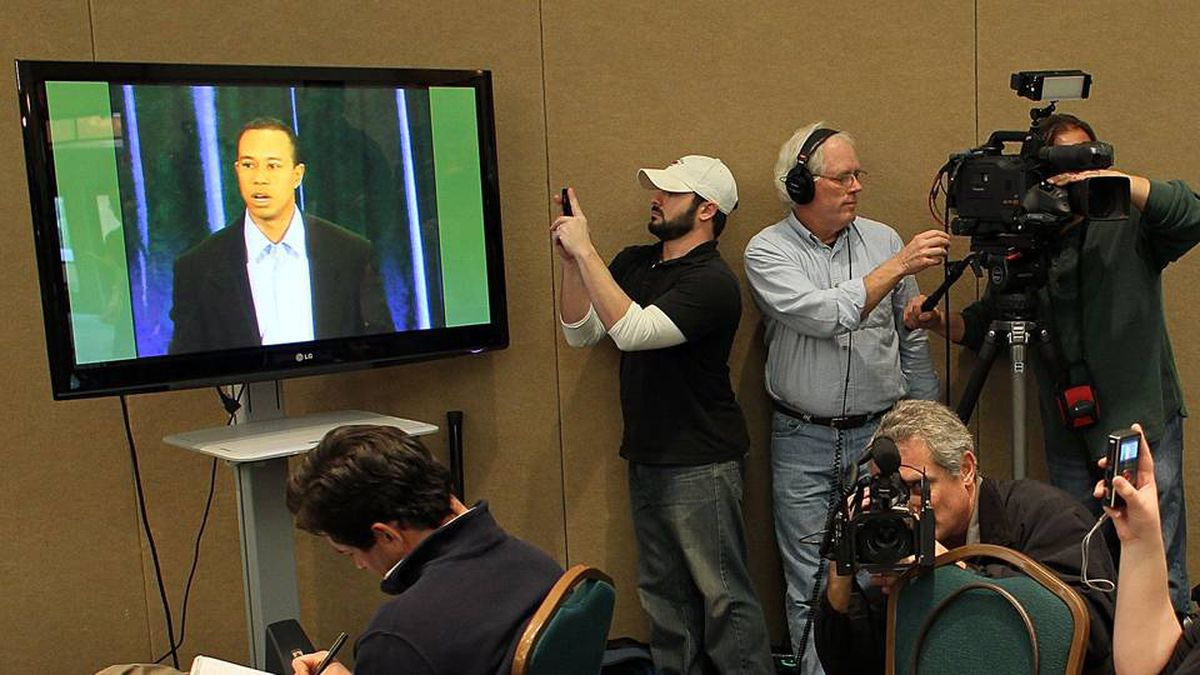 Reporters listen as Golfer Tiger Woods makes a statement at the home of the PGA Tour on February 19, 2010 in Ponte Vedra Beach, Florida. Woods publicly admitted to cheating on his wife Elin Nordegren but maintained that the issues remain 'a matter between a husband and a wife.'
