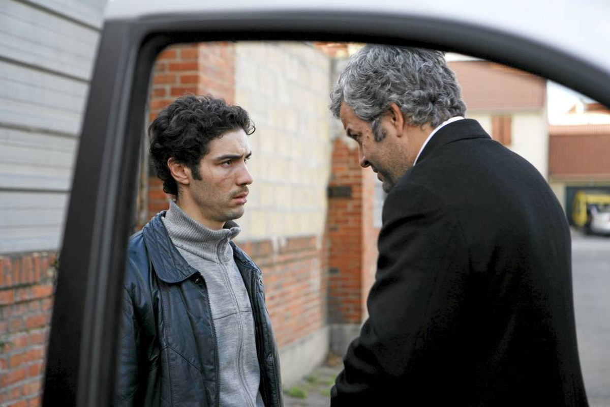 Left to Right: Malik (Tahar Rahim), Sampierro (Pierre Leccia). Photo taken by Roger Arpajou �� 2008, Courtesy of Sony Pictures Classics