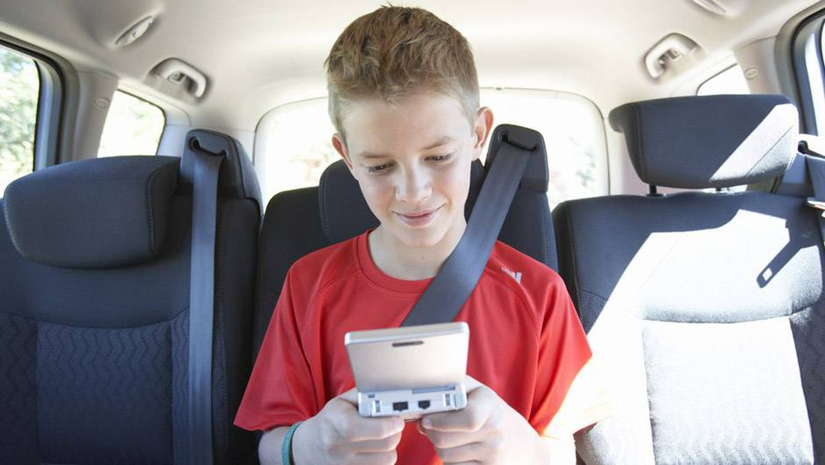 Awe Inspiring Kids In Cars When Should They Be Able To Ride Shotgun Short Links Chair Design For Home Short Linksinfo
