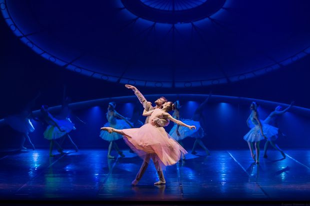 Tchaikovsky Pro et Contra features high-quality dancing marred by speed and showiness