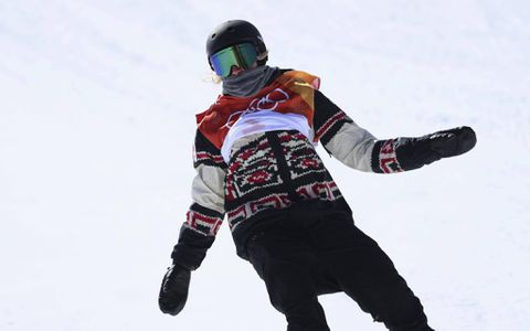 Laurie Blouin wins silver for Canada in snowboard slopestyle