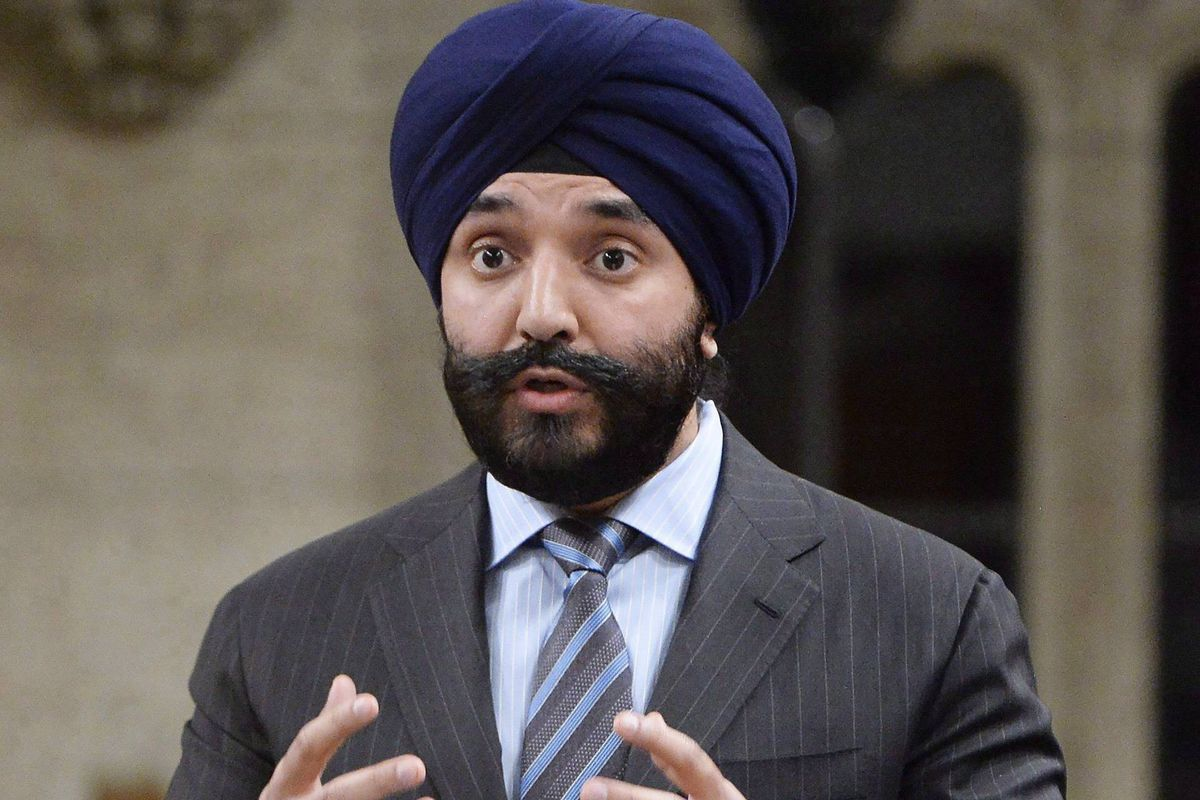 Innovation minister navdeep bains takes aim at wireless for Navdeep s bains