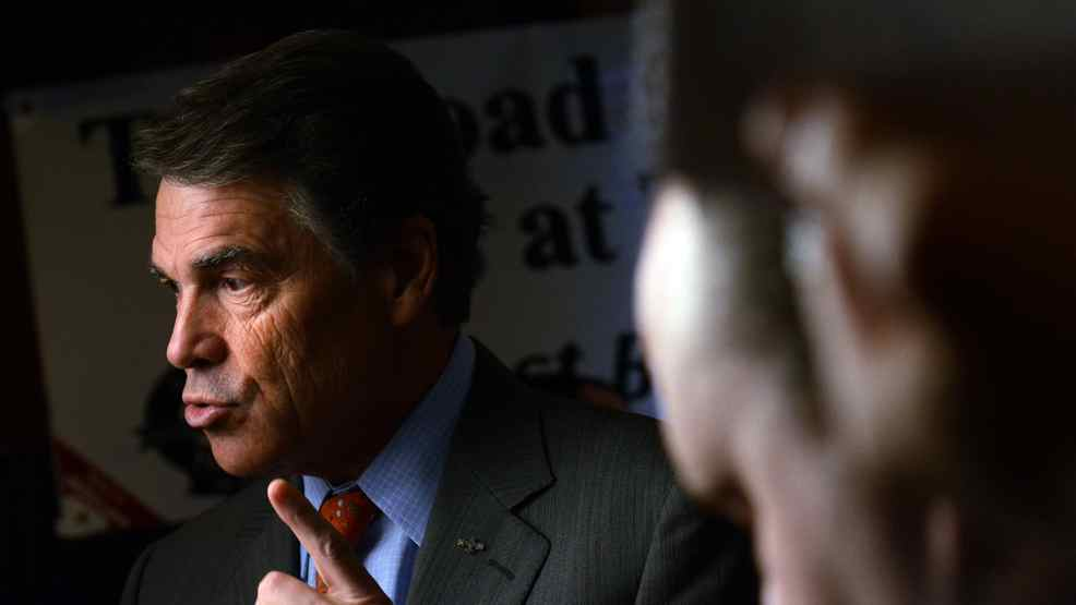 Republican presidential candidate Rick Perry quoted an excerpt from a satirical Globe and Mail article about Occupy Toronto protesters as if it were fact.