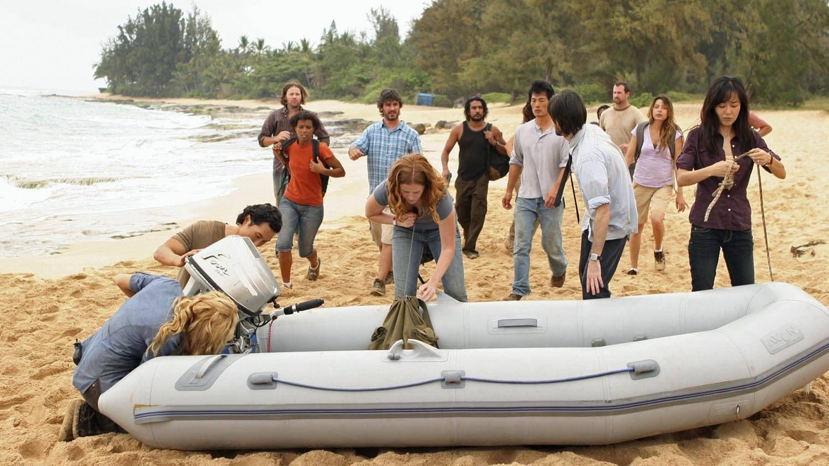 The face-off between the survivors and the freighter people begins. Actors in shot: ELIZABETH MITCHELL, DANIEL DAE KIM, REBECCA MADER, NAVEEN ANDREWS, JEREMY DAVIES, YUNJIN KIM.