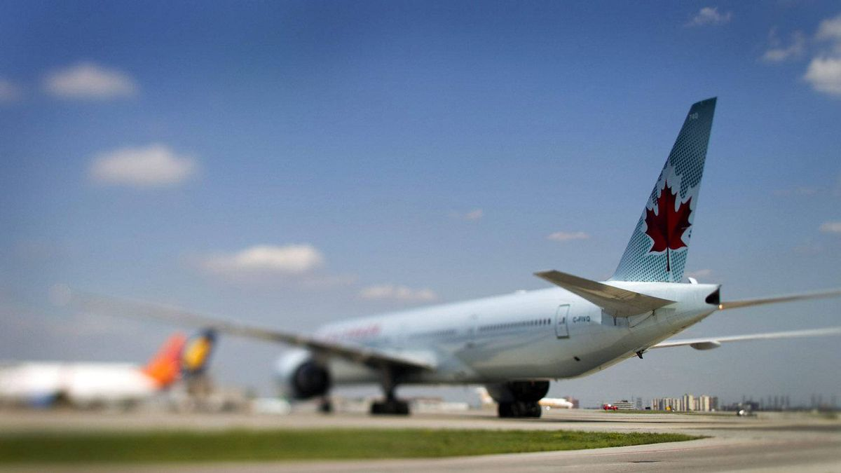 Unionized workers at Air Canada and Canadian Pacific Railway are balking at suggested changes to company pension plans.