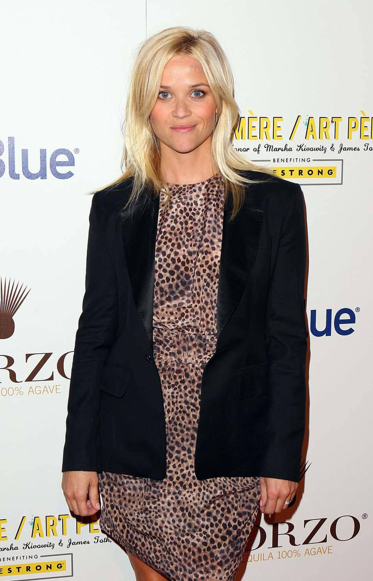Actress Reese Witherspoon wore three shades of boring to the Art Mere/Art Pere Night. In West Hollywood. Last week.