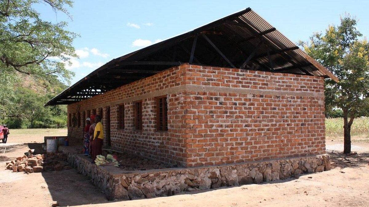 A school in the Tanzanian village of Azimio Mswiswi.