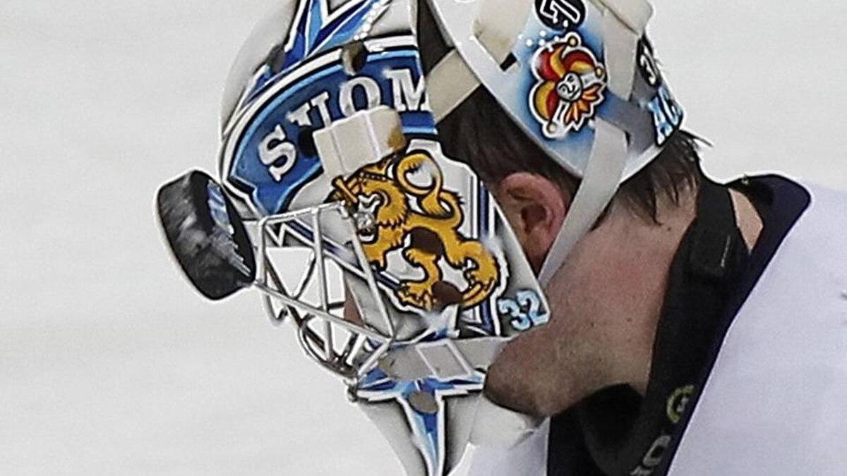 Finland's goalkeeper Kari Lehtonen faces the puck during his 2012 IIHF men's ice hockey World Championship game aginst the U.S. in Helsinki.