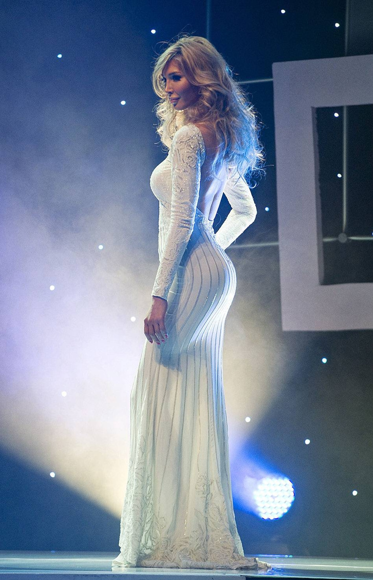 Jenna Talackova strikes a pose on stage at the Miss Universe Canada contest in Toronto on May 17, 2012.