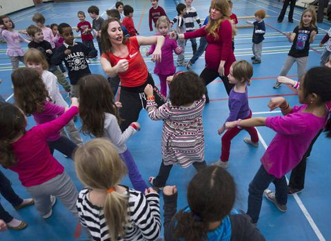 Canadian kids get D- in physical activity, study finds