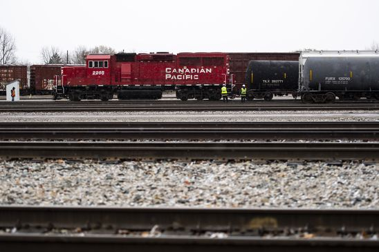 Canadian Pacific revenue jumps as railroads strain to keep up with demand