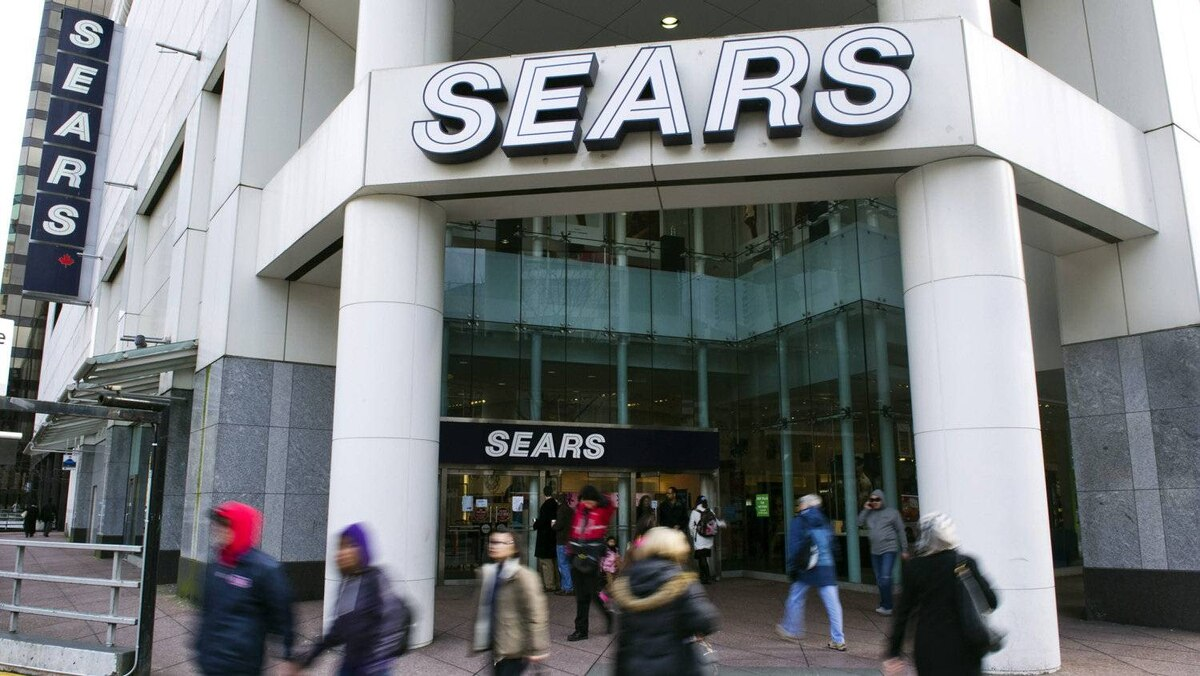 In its fourth quarter, Sears Canada's profit plummeted by more than half to $38.7-million while sales dropped 6.4 per cent to $1.37-billion.