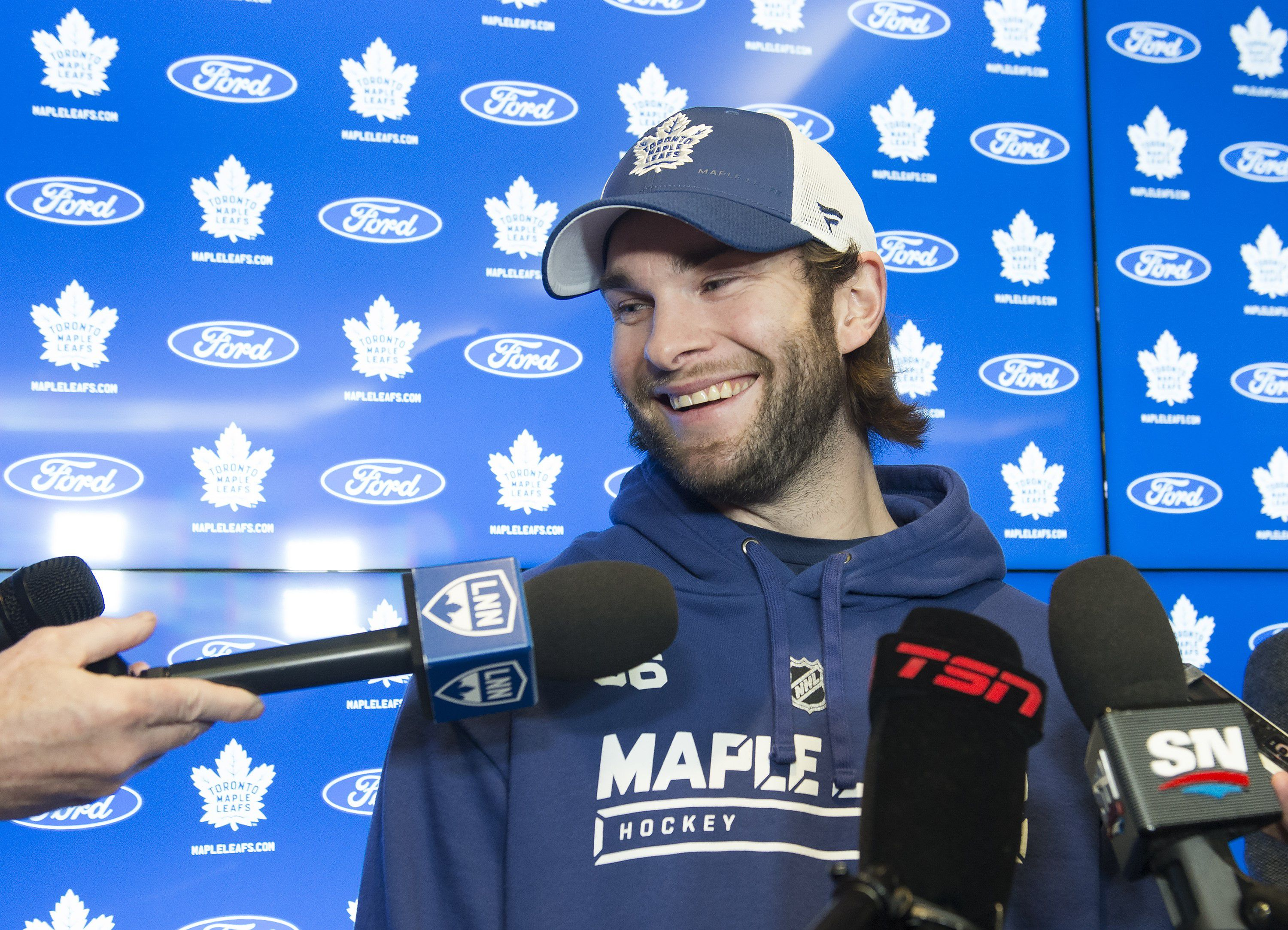 Newest Maple Leafs Step Into The Toronto Spotlight The Globe And Mail