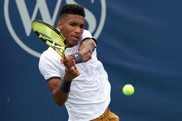 Felix Auger-Aliassime leapfrogs Milos Raonic to become top-ranked Canadian in men's tennis