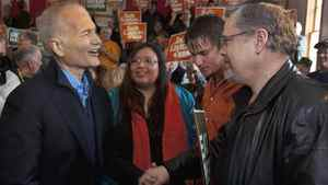 "After Saskatchewan shut out the NDP in 2008, Jack Layton spent Monday trying to woo the province back. ""In this election, I am asking everyone in Saskatchewan, no matter who you voted for in the past, to unite with the New Democrats, to rally together this time, so we can defeat Stephen Harper once and for all."" Mr. Layton highlighted the Conservative scandals, problems with Senate appointments and Saskatchewan families' concerns about flood relief from Ottawa."