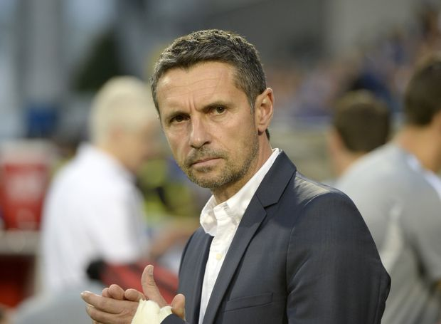 Montreal Impact, clinging to playoff spot, fire coach Remi Garde