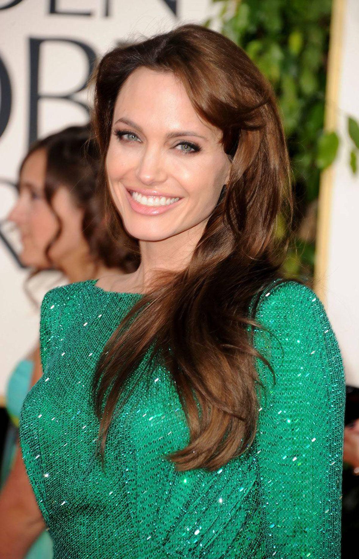 Angelina Jolie: Magical mint